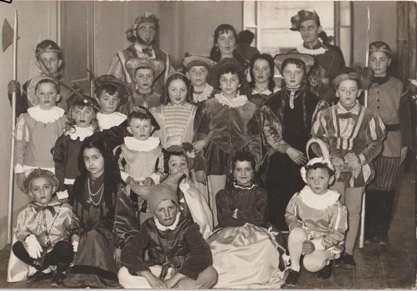 festa-in-costume-della-scuola-001