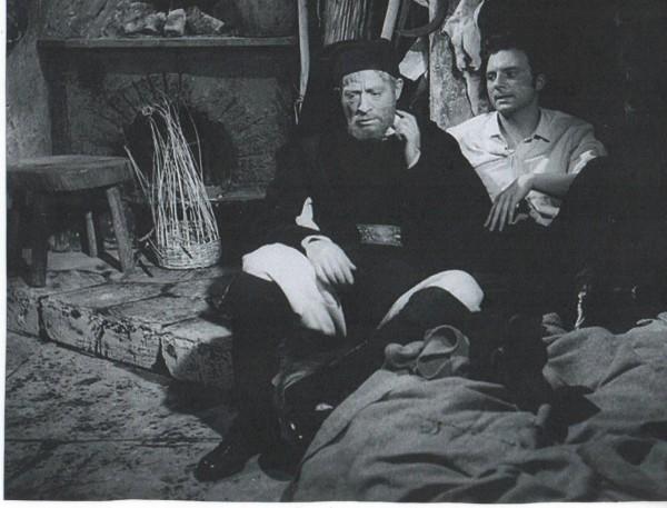 Efix_(Carlo_D'Angelo)_e_Giacinto_(Franco_Interlenghi)_nello_sceneggiato_TV_Canne_al_vento,_1858