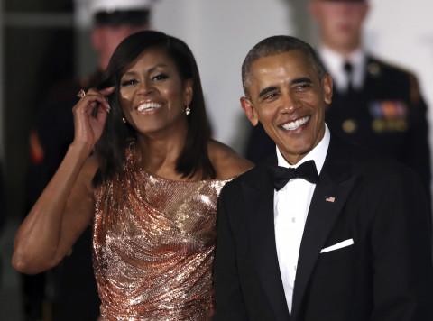 Michelle e Barack Obama arrivano alla Casa Bianca per la cena di stato, 18 ottobre 2016 (AP Photo/Manuel Balce Ceneta)