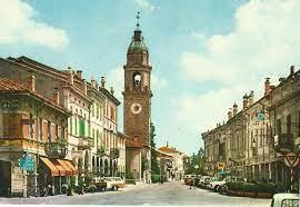 piazza di Rolo